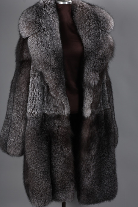 mens blue frost fox fur coat full length with notched collar skin to skin  dress like a boss