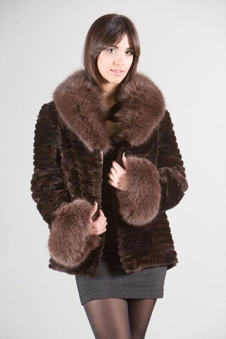 Brown Sculpted Beaver Fur Jacket Fox Fur Collar and Cuffs