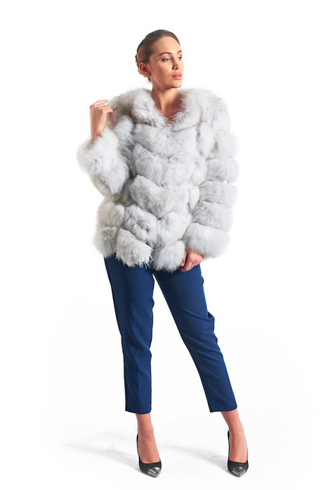 Platina Fox Fur Coat low cut collar waist length