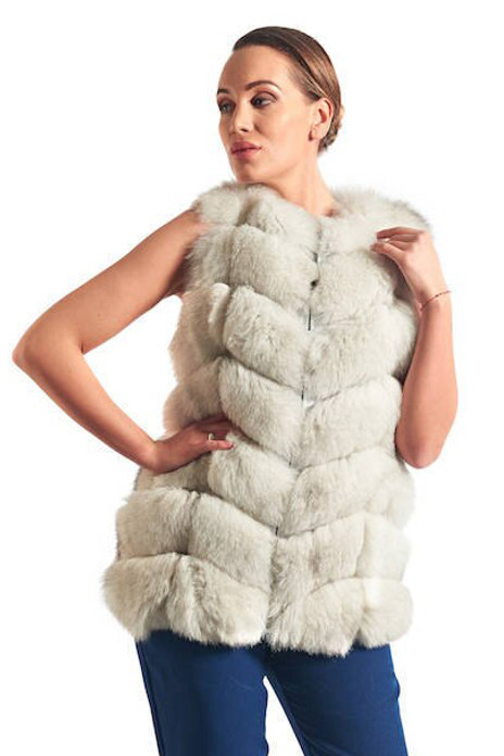 Off White Fox Fur Vest waist length skins sewn horizontally