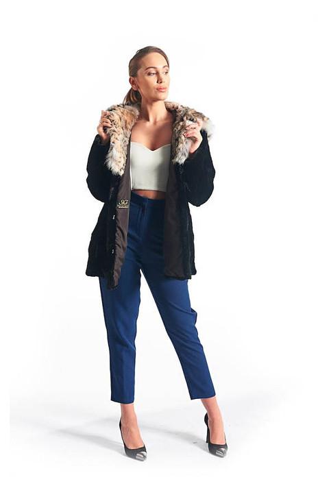 Black Beaver Fur Coat & Lynx Hood