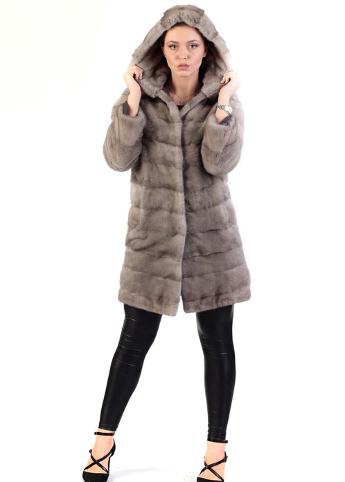 sapphire mink fur coat with hood size small pelts stitched across