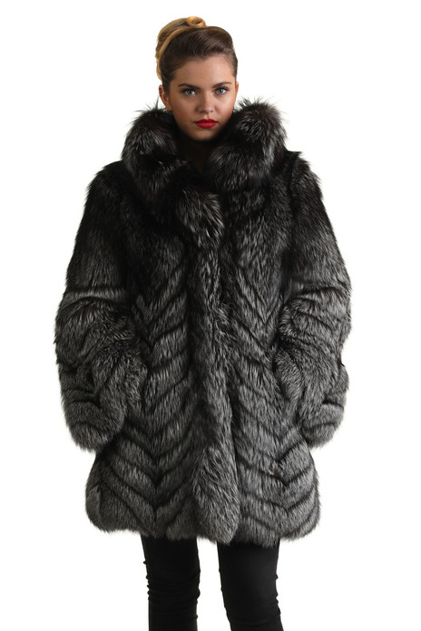 silver fox fur coat hip length fully let out v shape stitching