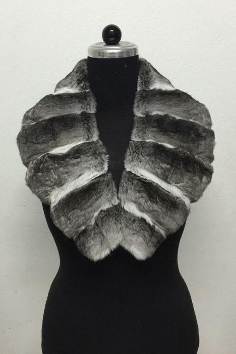 chinchilla fur collar