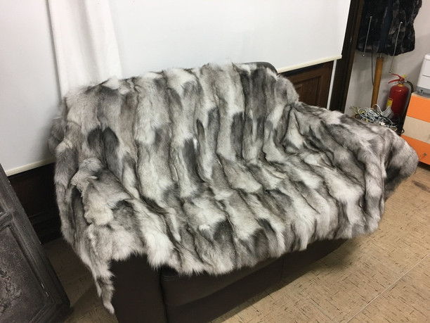 Blue Frost Fox Fur Blanket Throw sectional