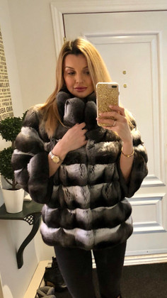Chinchilla Coats - Beauty meets Beauty