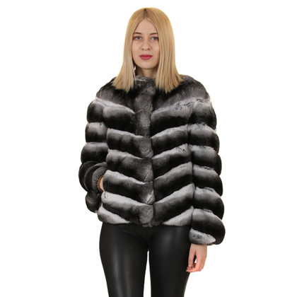 Chinchilla Fur Coats : How are they made