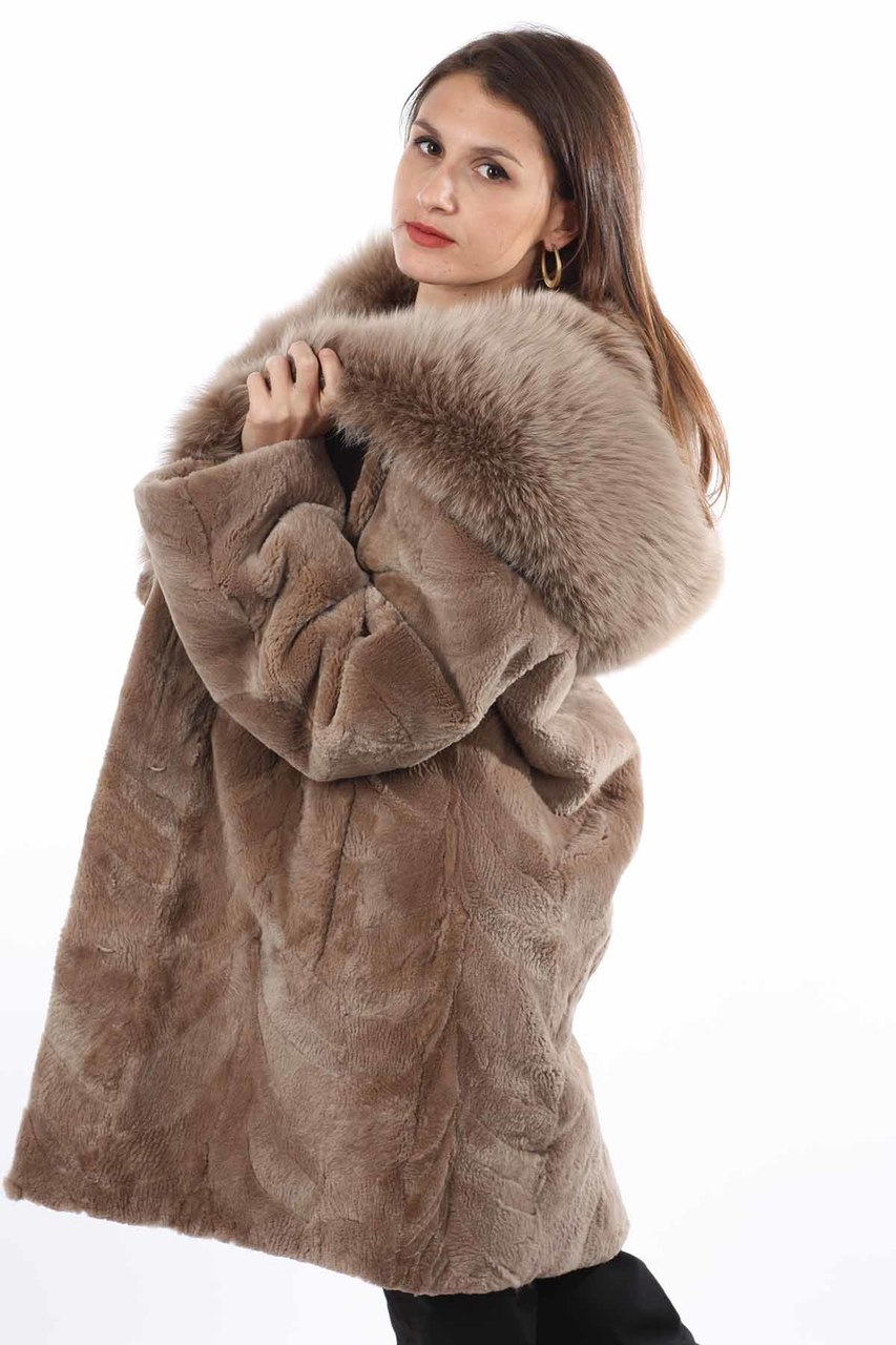 0309e684b ... Light Brown Sheared Beaver Fur Coat Hooded with Fox Lining sode view
