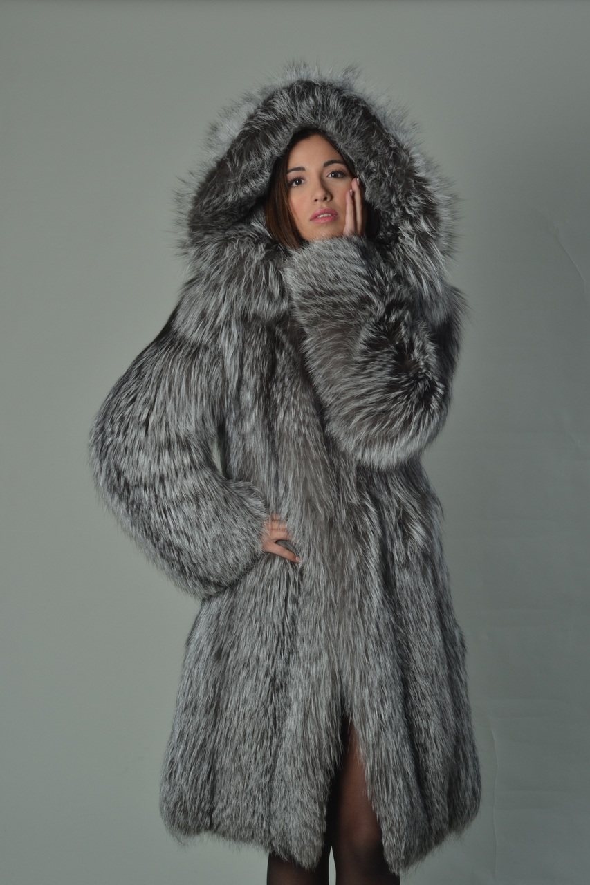 e7211c47e Silver Fox Fur Coat Hooded Knee Length | SKANDINAVIK FUR