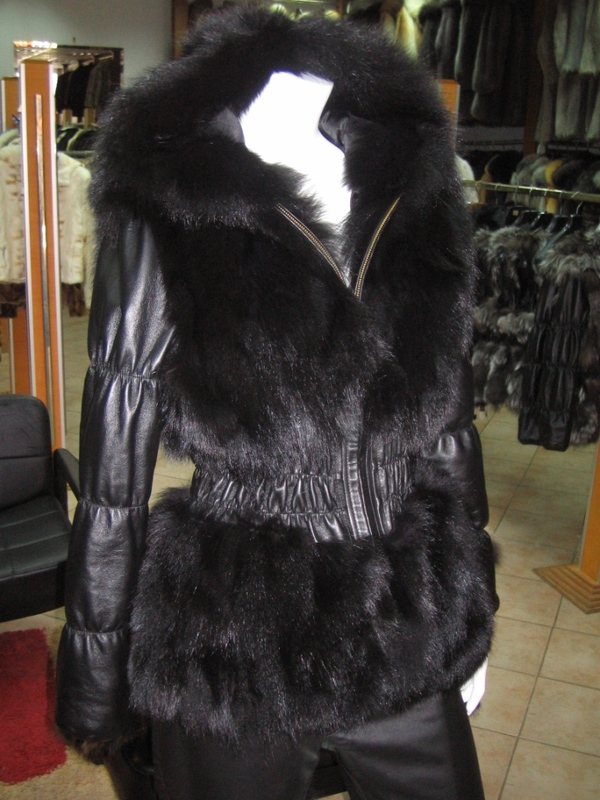 Black Fox Fur Jacket Hood leather sleeves ... 21833f521df5