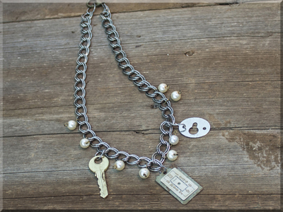 E170015 Salvage Watch Face on Chunky Chain Necklace
