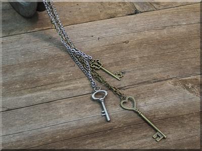 E170019 Salvage Triple Skeleton Key Necklace Set