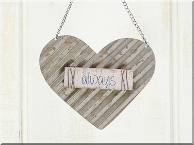 E170173 Rustic Hanging Metal Wide Heart Ornament