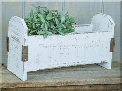 E17042 Long Ivory Flower Box