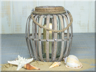E17480 Large Tall Wooden Lantern