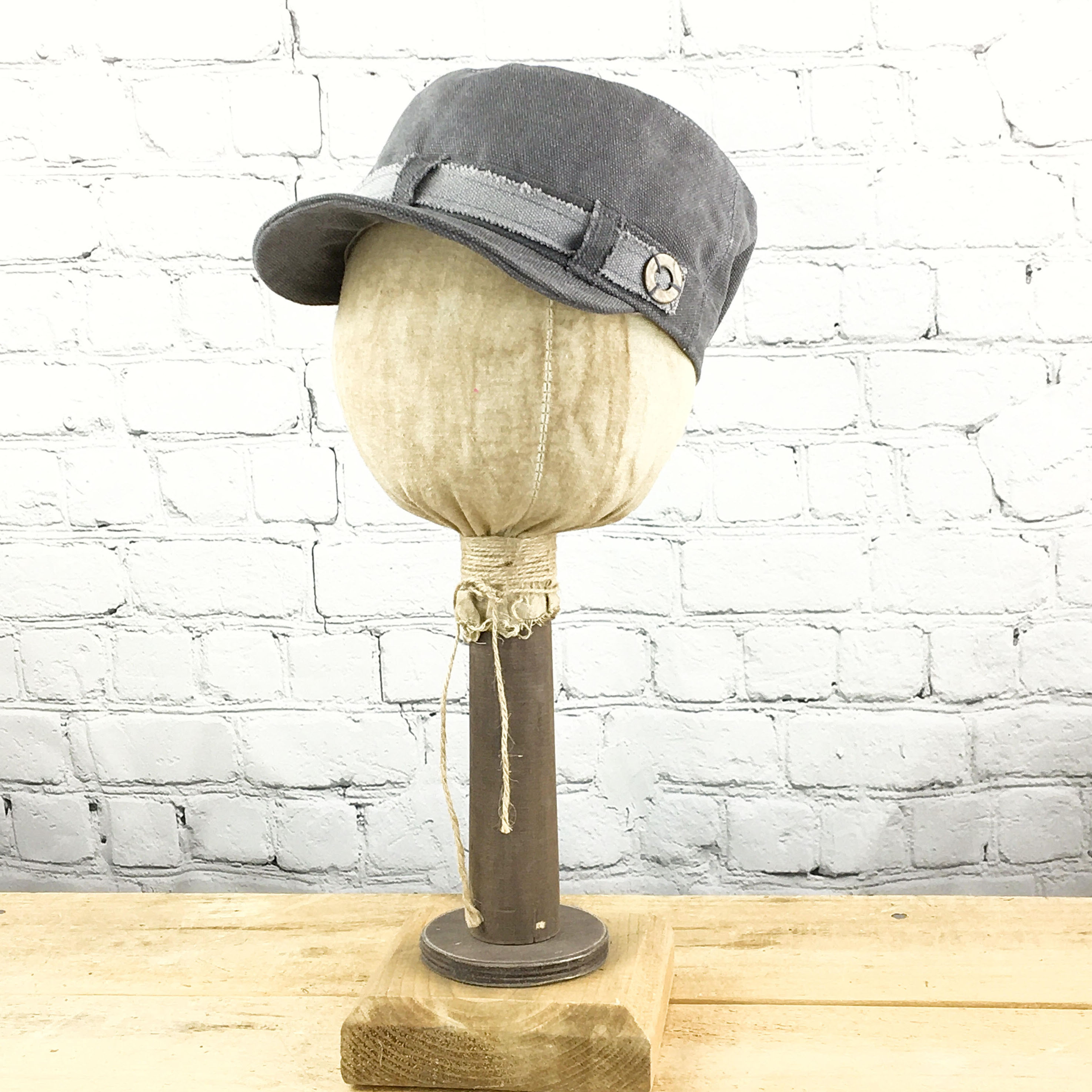 E19832 Vicki Grey Canvas Military Hat
