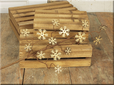 C16486 Wooden Snowflakes Large Pick