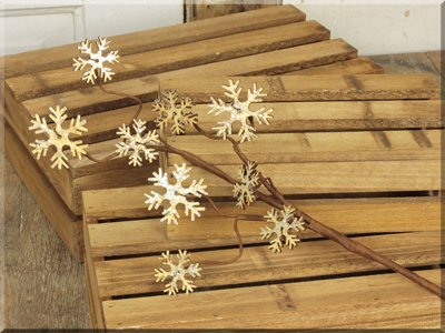 C16487 Wooden Snowflakes Small Pick