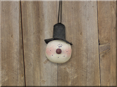 C17027 Small Country Snowman Head Ornament
