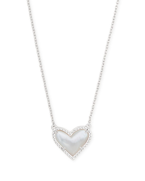 ARI HEART SHORT PENDANT - MOTHER OF PEARL AND SILVER