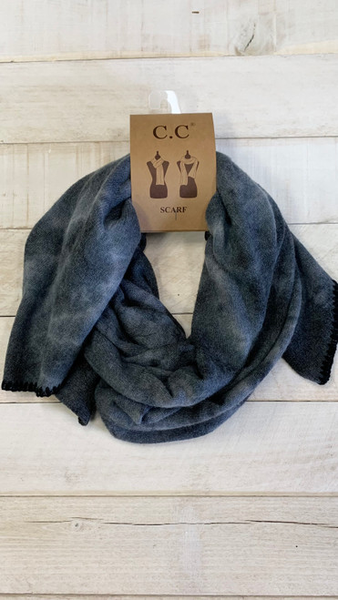 TIE DYE SCARF WITH RUBBER PATCH