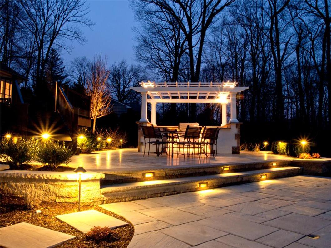 5 Tips for Outdoor Lighting