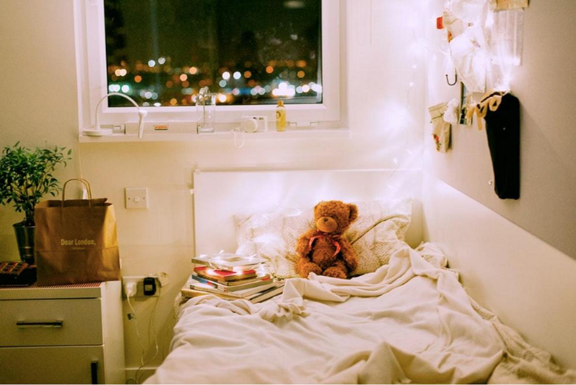 How to Correctly Illuminate Your Dorm Room