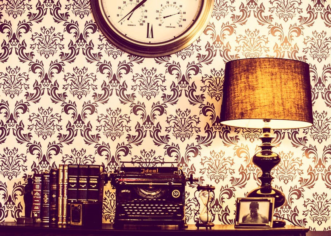 6 Vintage Inspired Wallpapers You'll Love