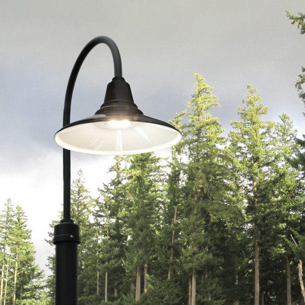 Customizable Calla LED Barn Lamp Post Life style