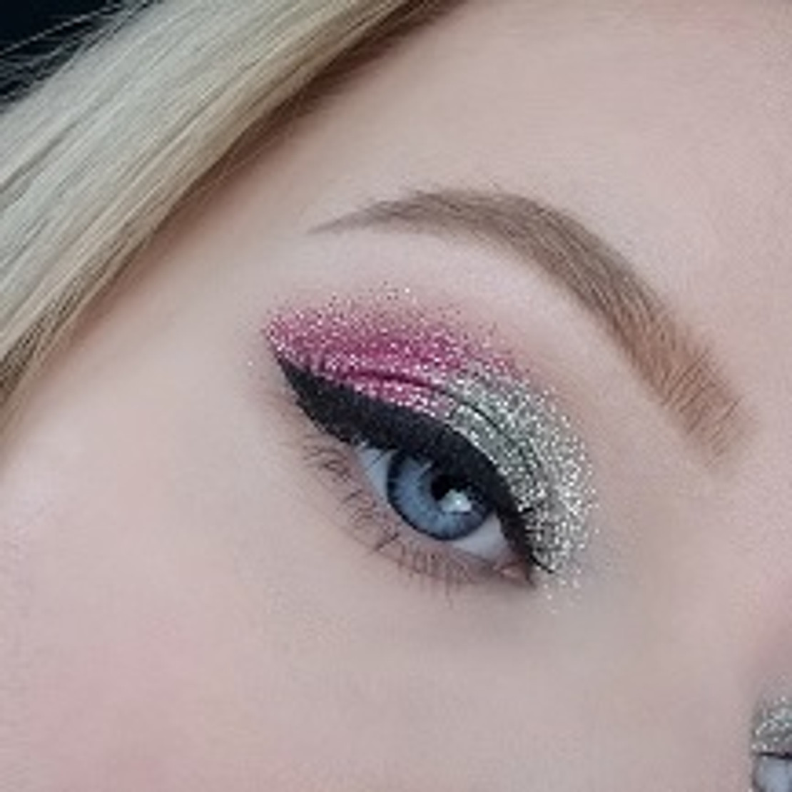 Makeup Tip Tuesday - Double Glitter Eye.....heck yessssss