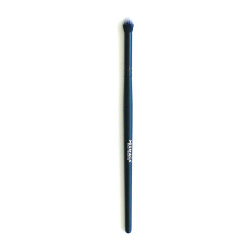 Our Large Crease brush has amazing density and snap to apply and blend our Award Winning ART Shadows in the crease. Great for blending edges as well as blending our Moisture Locking Lipstick when used on the eye.