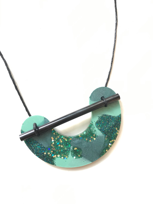 MARTHA JEAN - Resin Necklace - Green Glitter