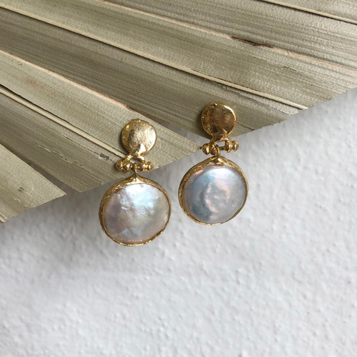 INARTISAN - Alethia Mother Of Pearl Earrings