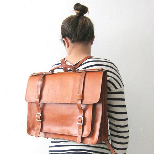 Golden Ponies Accessories - Leather Backpack Satchel in Tan