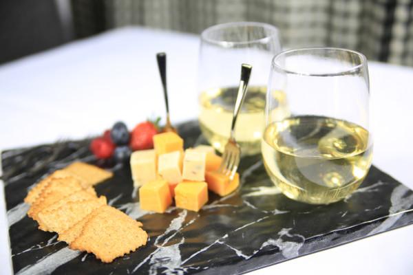 18.5 oz. Stemless Wine Glasses (72 per case)