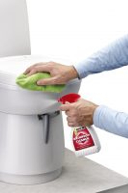 Thetford Bathroom Cleaner - Safe for all plastics surfaces | 850-01064