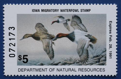 1990 Iowa State Duck Stamp - hunter type (IA19h)