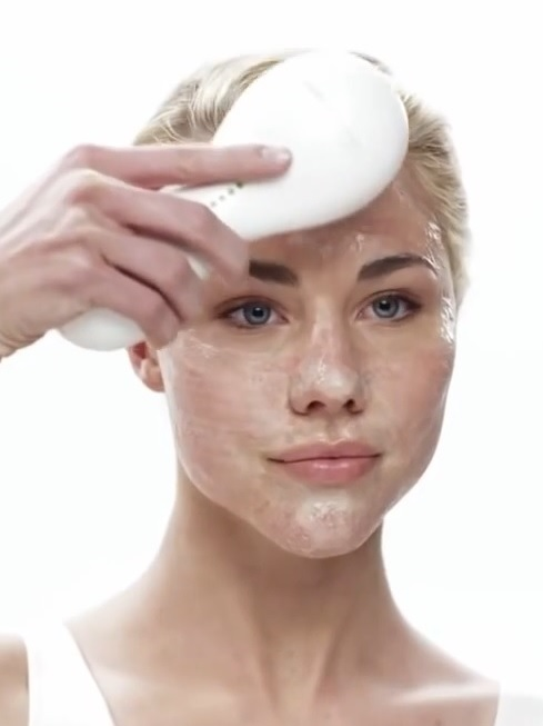 How to use a Clarisonic
