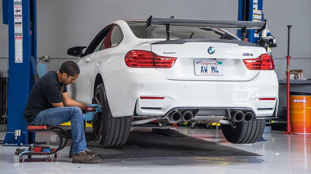 F82 BMW M4 HRE FF04 Wheels