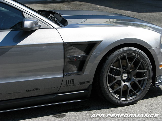 APR Performance Carbon Fiber Fender Vents Installed CF-214012