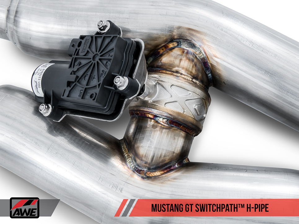 AWE Tuning Cat-Back Exhaust SwitchPath Edition (2)