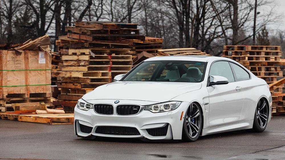 Air Lift Performance BMW M4 F82 F83