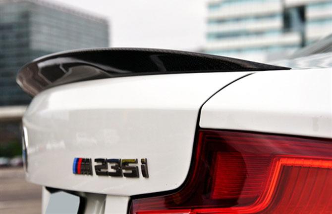BMW White F22 Performance style spoiler alpine white race carbon fiber euro mseries M
