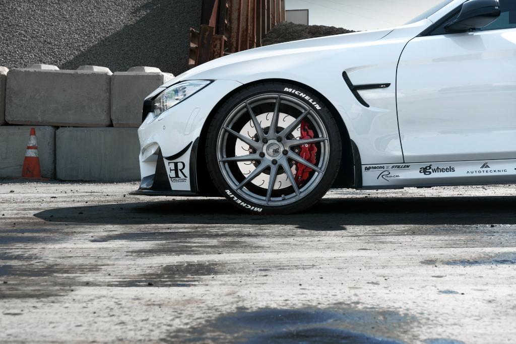 Avant Garde M621 Wheels in Brushed Grigio (3)