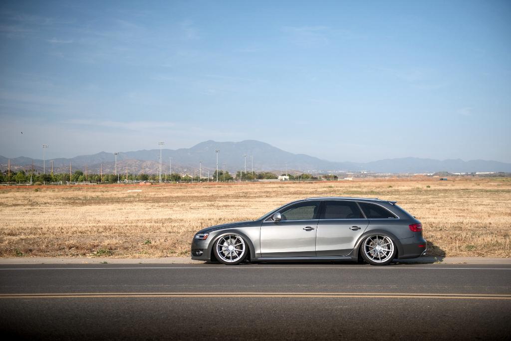 Avant Garde M652 Machine Silver on Audi Allroad (3)