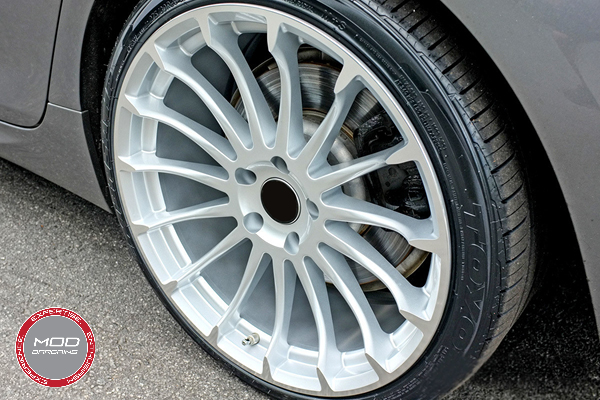 Beyern Aviatic 20 Inch Silver w/ Mirror Cut Face Wheels on BMW 6 Series Gran Coupe Close Up