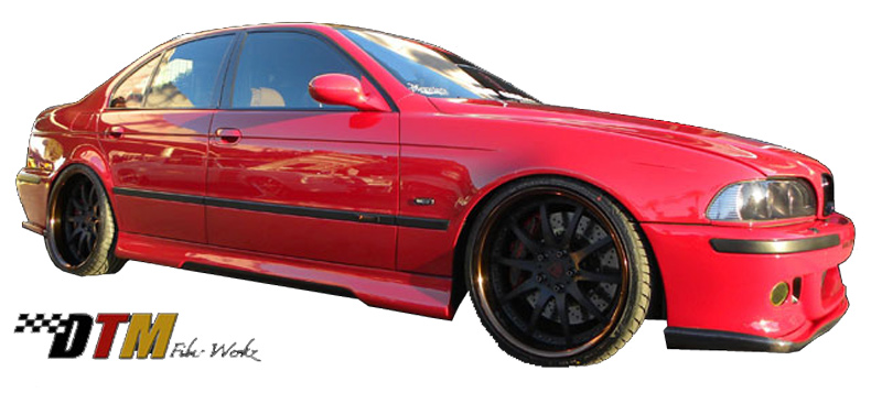 DTM Fiber Werkz BMW E39 HM Style Side Skirts Mounted Carbon Fiber Insert View 2