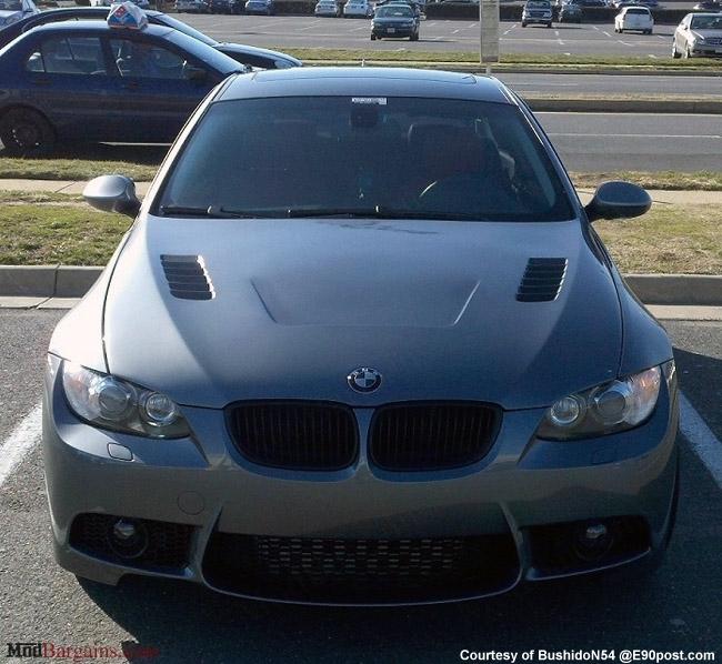 BMW E92 328i 335i Carbon Fiber Vented Hood