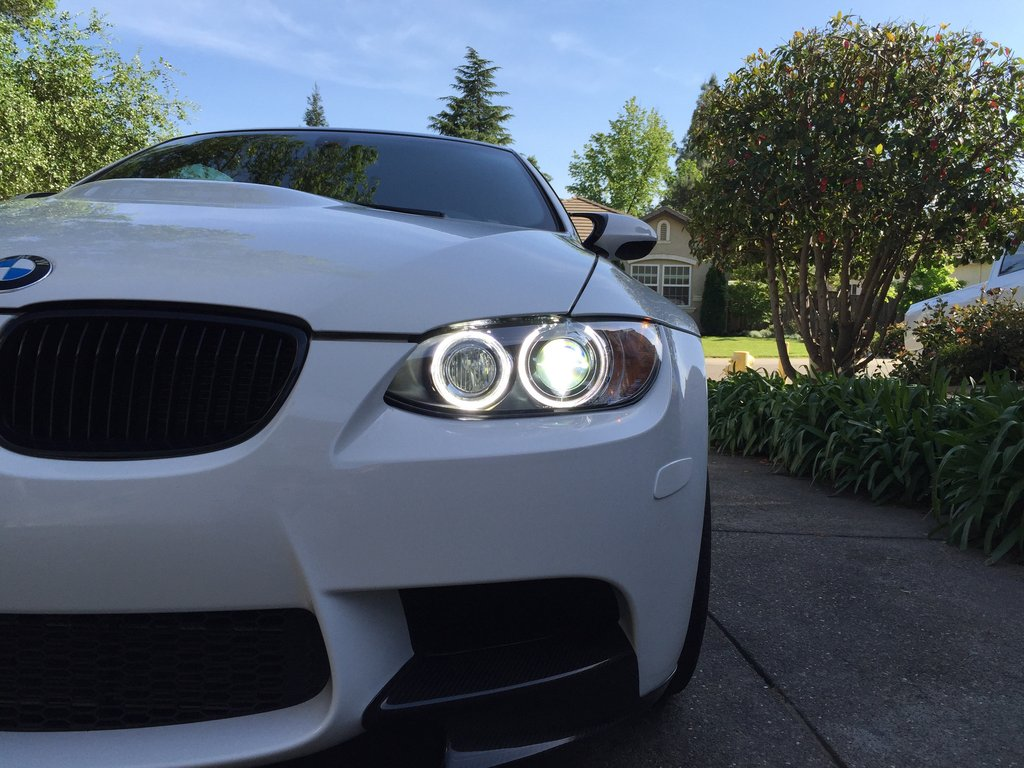 LUX H8 180 LED Angel Eyes Installed on BMW E92 M3