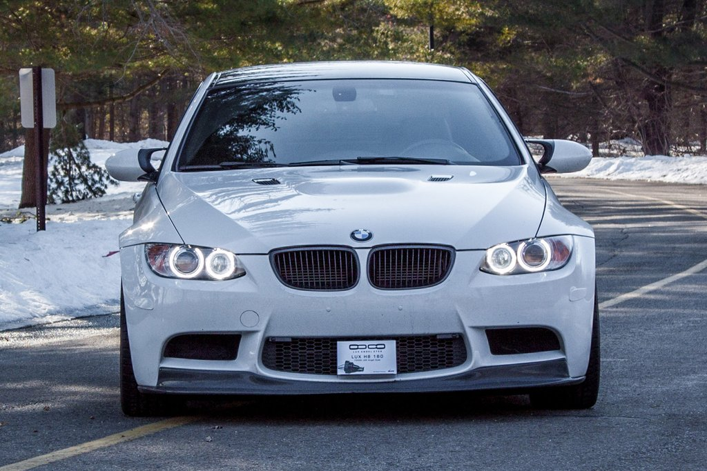 LUX H8 180 LED Angel Eyes Installed on BMW M3